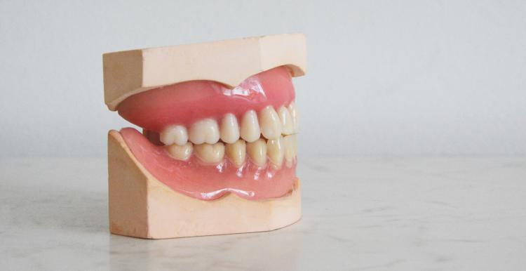 help to find an NHS dentist